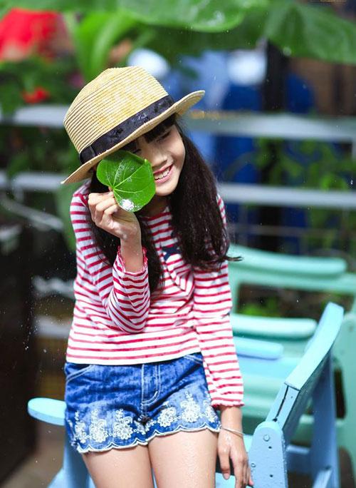 Cô bé 8 tuổi người Việt đạt kỷ lục trên Youtube - 13