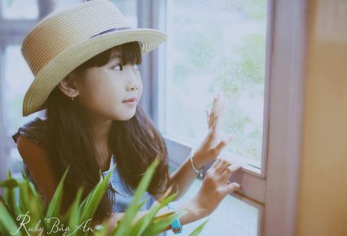 Cô bé 8 tuổi người Việt đạt kỷ lục trên Youtube - 10