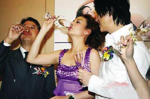 """Lộ giá """"hầu rượu"""" của loạt mỹ nhân hạng A Hoa ngữ - 1"""