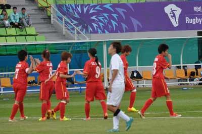 TRỰC TIẾP ĐTVN - Hong Kong: Thế trận một chiều (KT) - 3