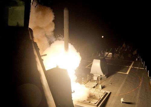 Tấn công IS ở Syria, Mỹ đang vi phạm luật quốc tế? - 3