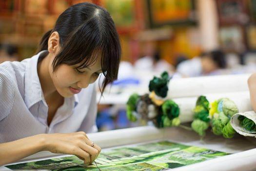 Ảnh cặp đôi Việt xôn xao trên fanpage nước ngoài - 6