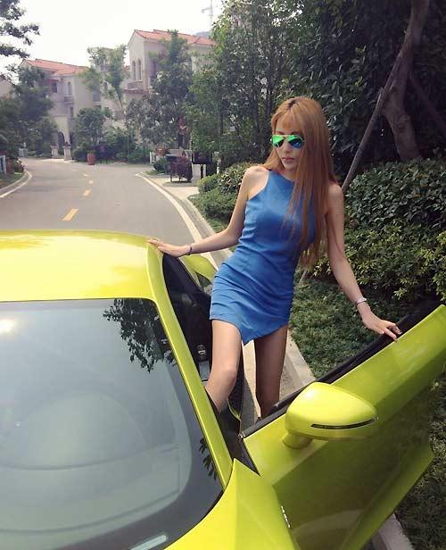 """Vẻ đẹp """"hư hỏng"""" của mẫu xe hơi giàu nhất Trung Quốc - 7"""