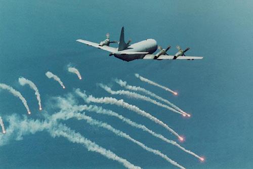 Reuters: Mỹ sắp bán một loạt sát thủ săn ngầm cho VN - 4