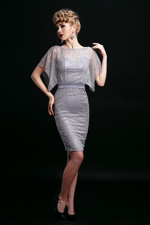 Ngắm những chiếc váy hở lưng siêu gợi cảm mùa này - 13