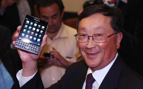 Trình làng BlackBerry Passport màn hình 4,5 inch, giá hấp dẫn - 1