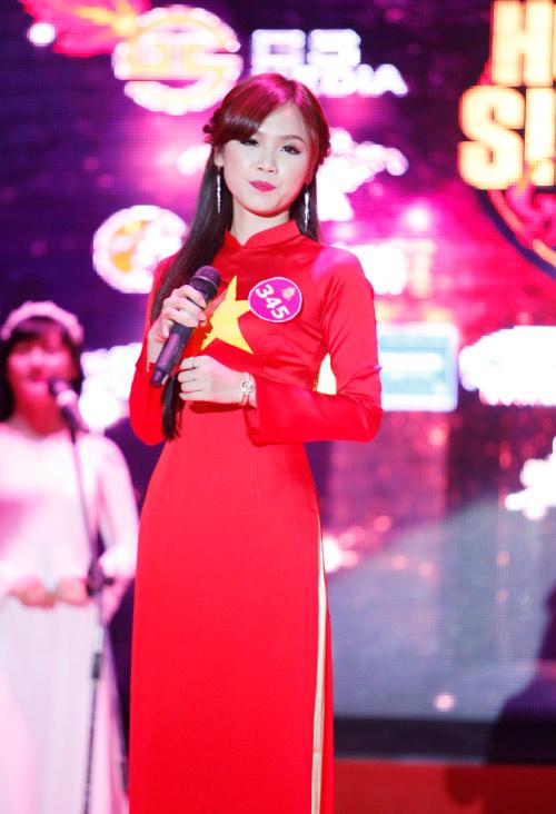 Thí sinh Hoa khôi mặc áo bà ba nhảy dancesport gợi cảm - 12