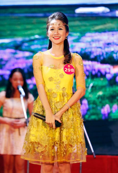 Thí sinh Hoa khôi mặc áo bà ba nhảy dancesport gợi cảm - 13