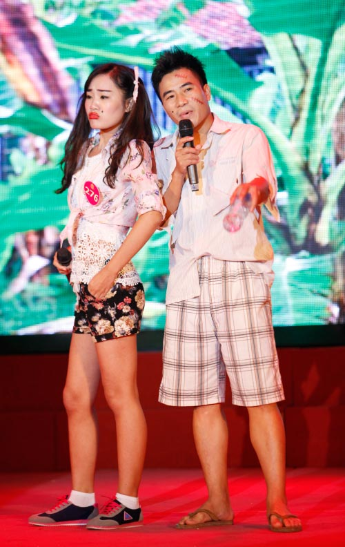 Thí sinh Hoa khôi mặc áo bà ba nhảy dancesport gợi cảm - 14