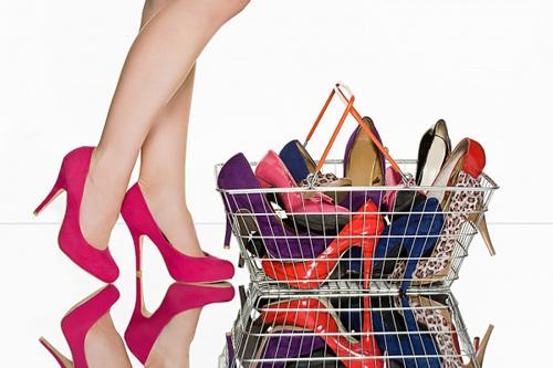 14 mẹo sắp xếp tủ giày thông minh cho chị em - 1