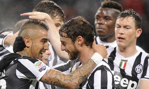 Ngập trong nợ nần, Juventus có thể sẽ bán tháo Vidal - 1