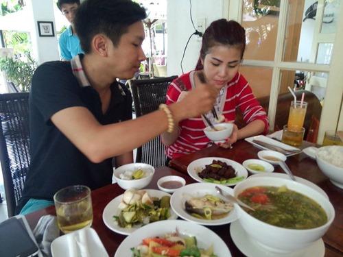 DJ Thúy Khanh sảy thai sau vụ bị khán giả đầu độc - 2