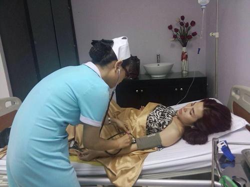 DJ Thúy Khanh sảy thai sau vụ bị khán giả đầu độc - 1