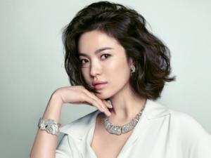Trốn thuế, Song Hye Kyo bị 2.000 fan tẩy chay