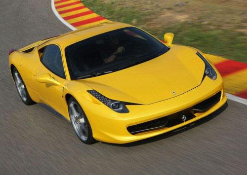 Siêu xe Ferrari 458 Italia dính lỗi phải thu hồi - 1