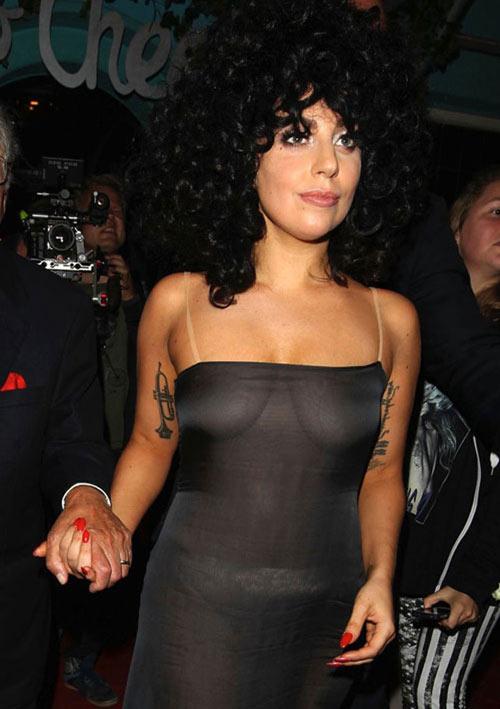 7 lần Lady Gaga lạm dụng cơ thể gây sốc - 1