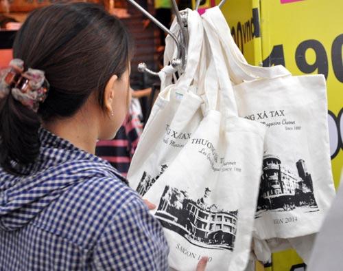 TTTM hơn 130 năm tuổi của Sài Gòn chính thức đóng cửa - 4