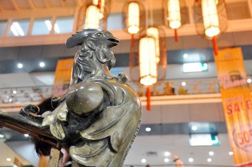 TTTM hơn 130 năm tuổi của Sài Gòn chính thức đóng cửa - 1