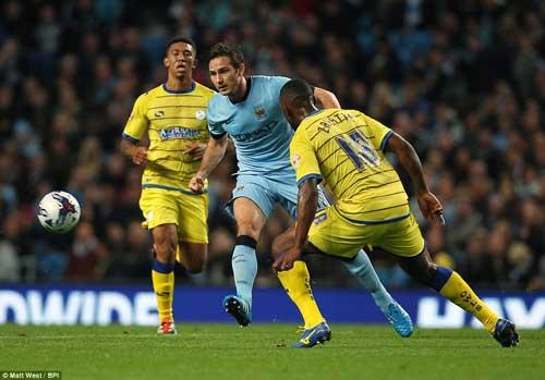 Lampard tỏa sáng ở Man City: Ngày dưỡng già còn xa - 2