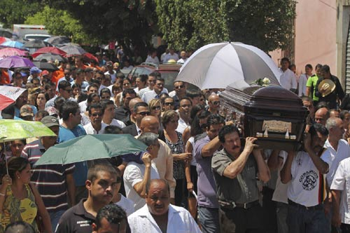 Mexico: Nghị sĩ bị bắt cóc, đốt xác giữa ban ngày - 4