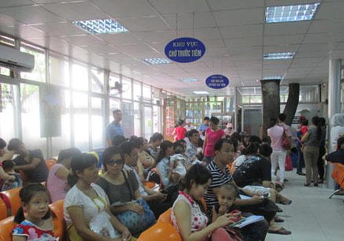 Hà Nội: Lại cháy vắc xin dịch vụ 5 trong 1 - 5