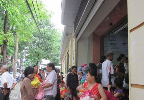 Hà Nội: Lại cháy vắc xin dịch vụ 5 trong 1 - 6