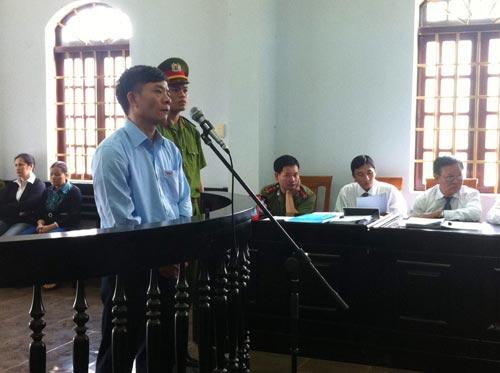 """""""Đại án tham nhũng"""" tại Đắk Nông: Y án tử hình Vũ Việt Hùng - 1"""