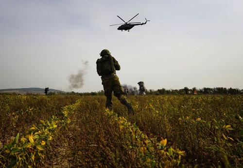 Ảnh: Cuộc tập trận quy mô lớn của Nga ở Viễn Đông - 9