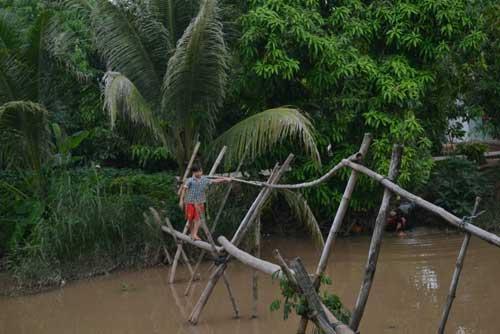 Khám phá những cây cầu khỉ cuối cùng ở miền Tây - 6