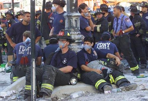 Mỹ: 3 người hùng 11/9 chết vì ung thư trong một ngày - 3