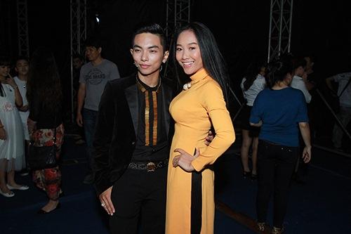 Thu Thủy chúc mừng Linh Hoa giành giải 150 triệu đồng - 9