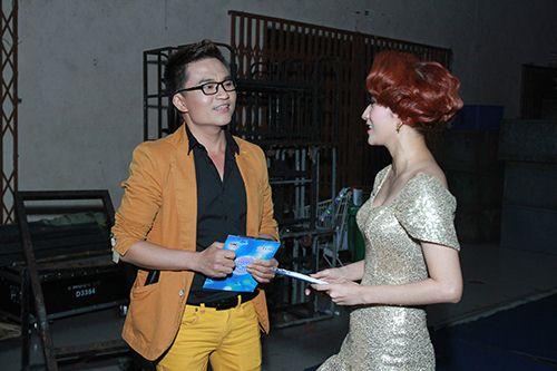 Thu Thủy chúc mừng Linh Hoa giành giải 150 triệu đồng - 7