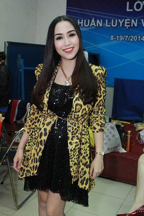 Thu Thủy chúc mừng Linh Hoa giành giải 150 triệu đồng - 5