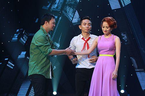 Thu Thủy chúc mừng Linh Hoa giành giải 150 triệu đồng - 13