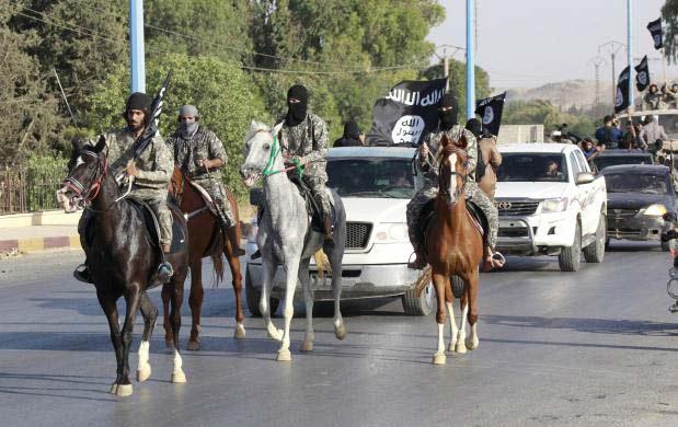 Ảnh: Bên trong sào huyệt phiến quân IS ở Syria - 13