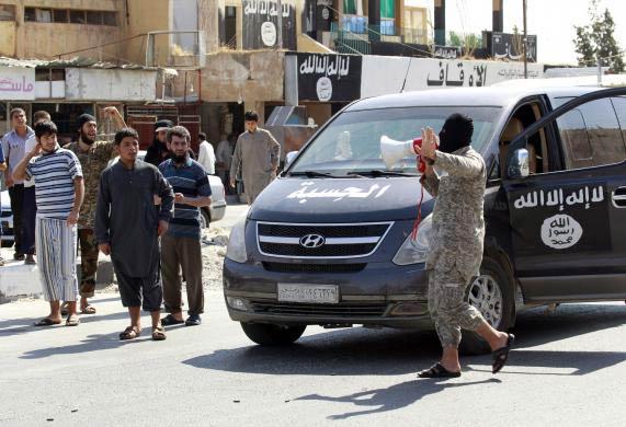 Ảnh: Bên trong sào huyệt phiến quân IS ở Syria - 2