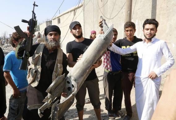 Ảnh: Bên trong sào huyệt phiến quân IS ở Syria - 7