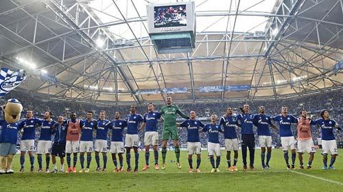 Schalke - Dortmund: Derby căng thẳng - 1