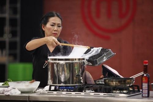 """""""Âm thịnh, dương suy"""" trong căn bếp MasterChef Việt Nam - 10"""