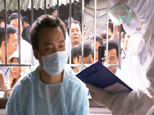 Tận mắt xem tình huống cách ly người VN nghi nhiễm Ebola - 1