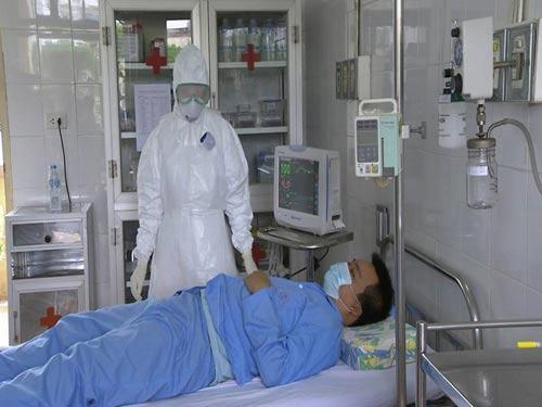 Tận mắt xem tình huống cách ly người VN nghi nhiễm Ebola - 10