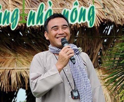 """MC Quyền Linh: """"Nửa đêm giặt quần áo cho vợ con là chuyện bình thường"""" - 1"""