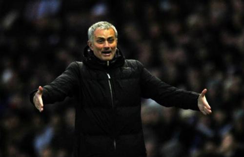Mourinho lo lắng với chấn thương của Diego Costa - 2