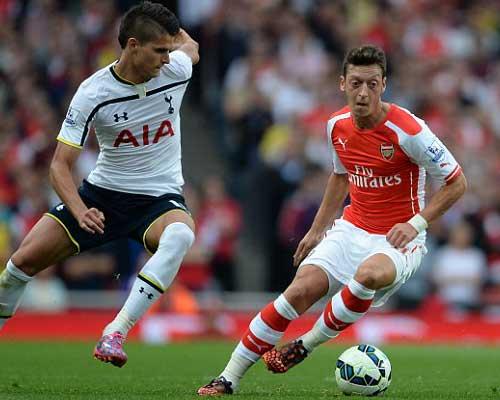 Arsenal: Bất bại như thất bại - 3