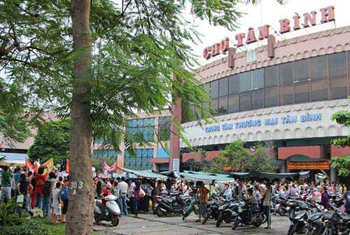Vì sao tiểu thương sợ mất chợ Tân Bình? - 1