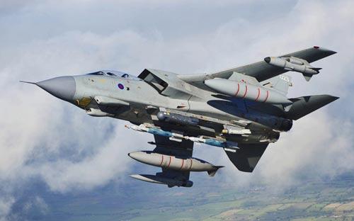 """Khám phá """"đàn chim sắt"""" tham gia không kích IS - 1"""