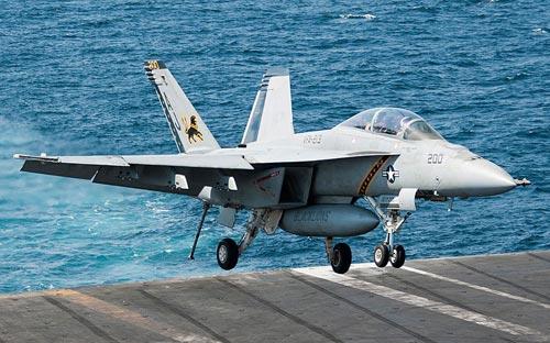 """Khám phá """"đàn chim sắt"""" tham gia không kích IS - 3"""