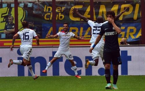 Inter - Cagliari: Chết ở hàng thủ - 1