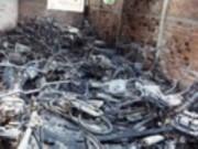 Tin tức trong ngày - Tiền Giang: 60 xe máy cháy rụi trong kho
