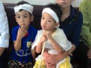 An ninh Xã hội - Bé 4 tuổi chống gậy xem tòa xử kẻ giết cha mình